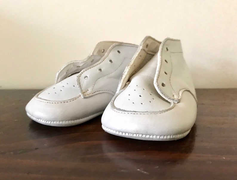 Vintage White Leather BabyToddler SneakersShoes