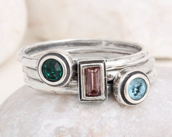 Mother's Set of 3 Stacking Birthstone Rings in Sterling Silver. Personalized Family Ring. Stackable Birthstone Bands for Mom. Great gift!