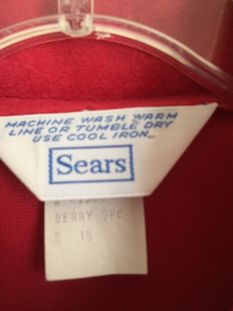 Red velour ultrasuede-ish red top woth white piping size L Vintage Sears