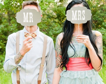 Photo Booth Prop. Mr and Mrs Wedding Signs. Photo Prop - Grey and White