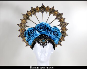 Praying for You... Virgin Mary Halo in Aged Gold and Turquoise Roses
