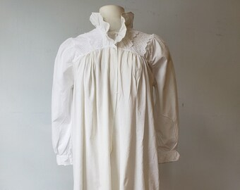 "1890s, 38"" bust, white cotton night gown"