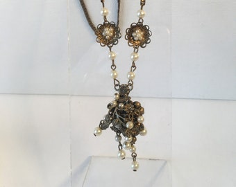 """1930s, 18"""" long glass pearl necklace"""
