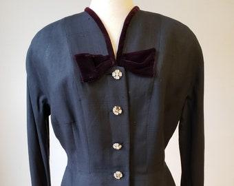 "1940s. 38"" bust, navy blue lady's jacket."