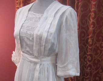 """1915, 34"""" bust, white cotton voile day dress"""