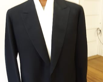 "1930s, 40"" chest, charcoal gray wool   coat"