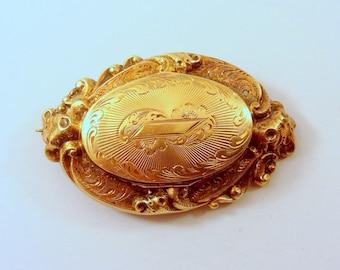 """1860's, 1 1/2"""" x 1"""" locket brooch"""