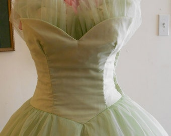 "1950's, 32"" bust, pistachio green prom gown."
