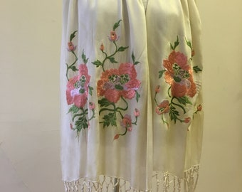 "1920s, 48"" long. 28"" wide. Ecru sik embroidered scarf."