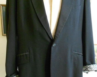 "1960's, 42"" chest (long), black tux jacke"