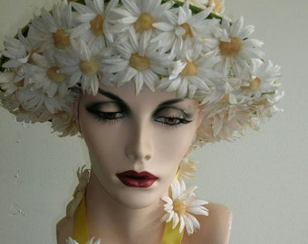 1960's White and yellow daisy covered pill box hat