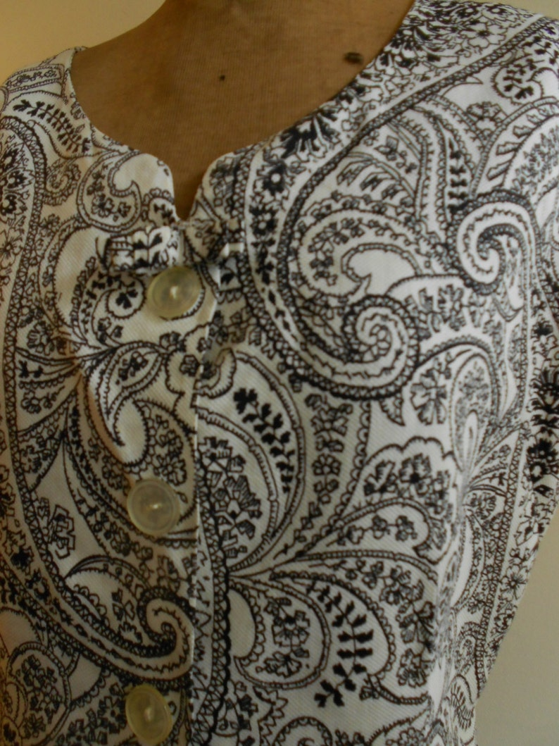 38 bust with black and white paisley pattern. 1950/'s cotton pique blouse