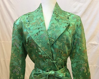 """1950s  42"""" bust, green satin Chinese brocade robe with large lapels"""