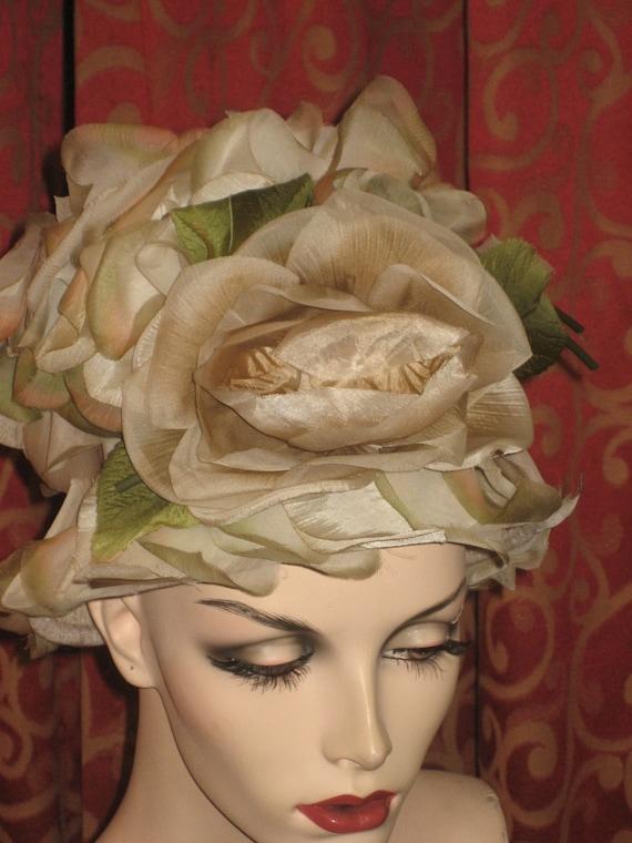 1960's flowered pillbox hat - image 2