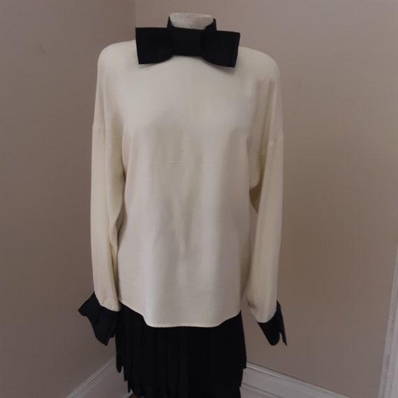 "1980s, 38"" bust, silk white blouse"