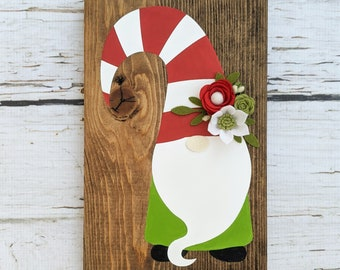 Gnome Christmas sign with felt flowers