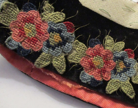 Antique Collar Edwardian Velvet Embroidered Appli… - image 4