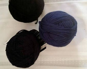 Destash Wool Yarn in Black and Navy Blue