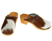 Classic Cowhide Clog (brown white)