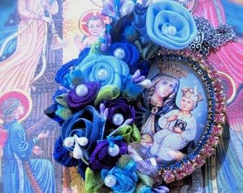 Catholic Virgin Mary, Baby Jesus, Madonna and Child, Religious Handmade Pendant Necklace, Flowers, Collar Virgen Maria