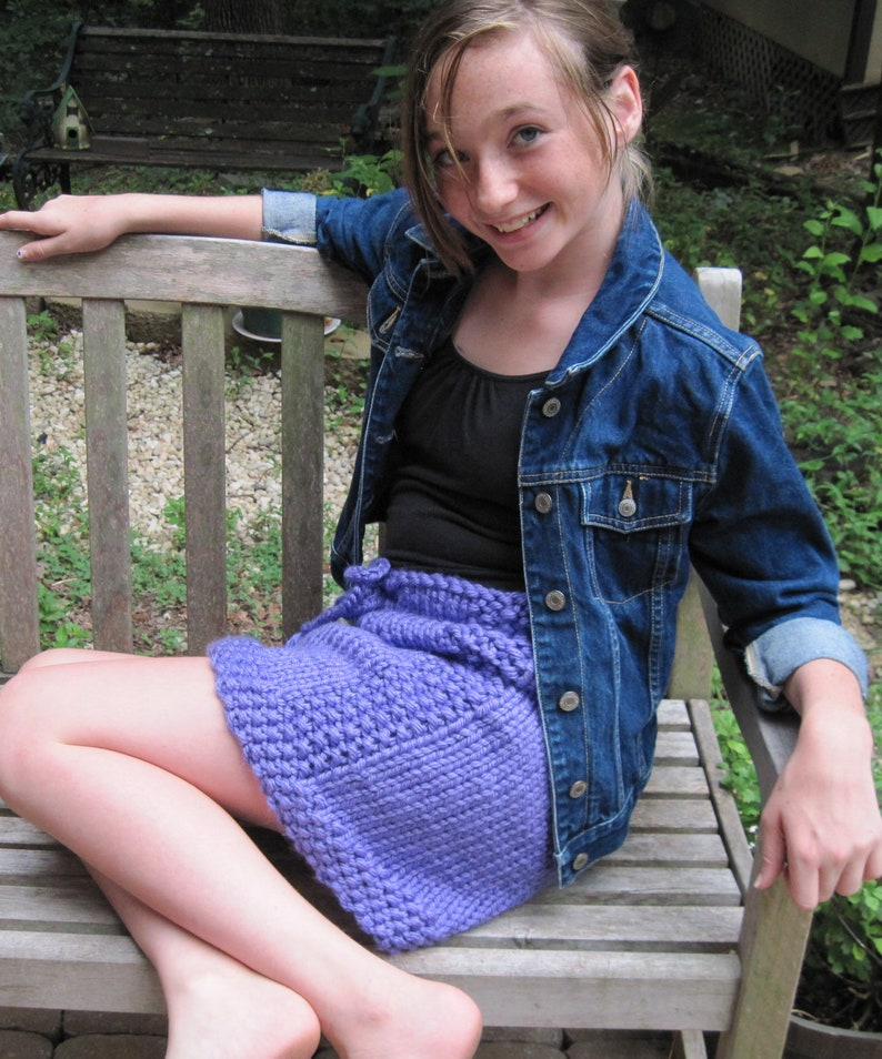 Up hot young girls skirts — photo 5