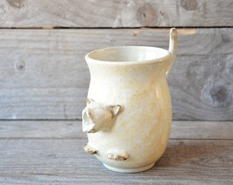 Yawning cat - Stoneware Cat-Tea Mug  in cream - MADE TO ORDER - Stoneware  - teacup