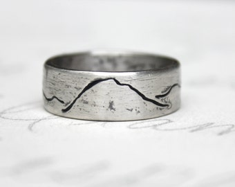 rustic mountain wedding band ring . engraved sterling silver wide mountain landscape band . size 4 5 6 7 8 9 10 11 12 by peacesofindigo