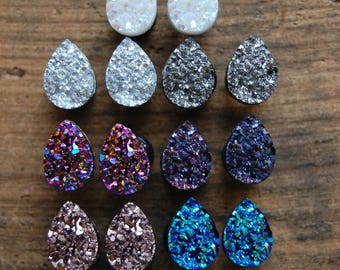 Tear Drop Shaped  Faux Druzy Rough Crystal Plugs Gauges. Opal White. Silver. Grey. Rose Gold.Purple. Blue. Pink 2g (6mm) 0g (8mm) 00g (10mm)