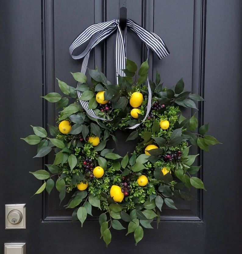 SPRING WREATHS Lemons Wreath Yellow Lemons Wreath Boxwood image 0