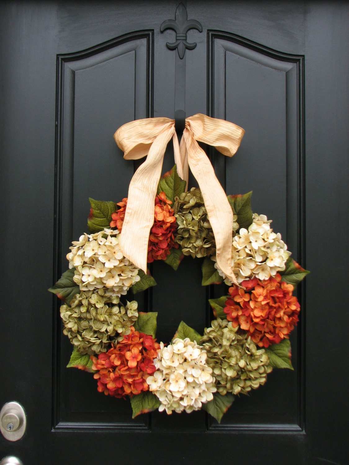 Christmas urns, Small entryways and Christmas on Pinterest