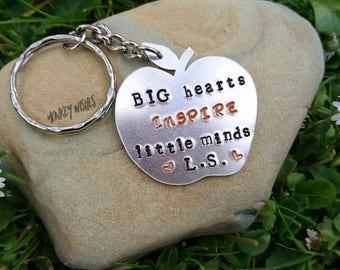 TEACHER gift - Apple shaped keyring, keychain. Big hearts INSPIRE little minds.