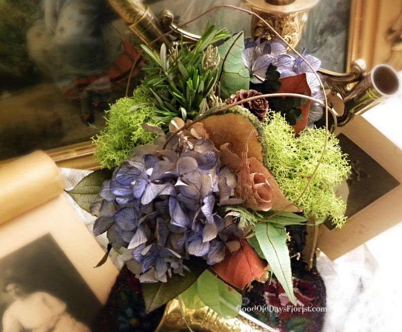 Earth Lovers Ecology Dried Flower Tussie Mussie Bouquet image 0