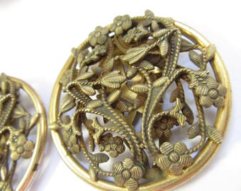 Antique Sweater Clips Fur Clips Pair Flowers and Vines Gold Washed Brass Wonderful Condition Beautiful Detailed Unique Jewelry
