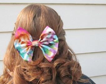 Summer Hipster Tie Dye Multi Colored Hair Bow / Tie Dye Hair Bow / Tie Dye Bow / Summer Hair Bow / Summertime Bow / Rainbow Hair Bow / Color
