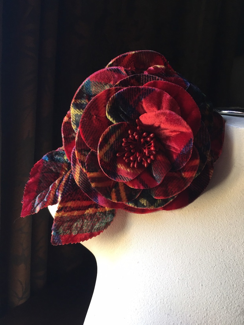 Hats Sashes Corsages Ascot Pins Red Plaid Silk Velvet Rose Handmade for Derby Costume Design MFLG 1rp