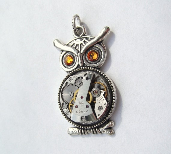 Steampunk Golden Eyed Lucky Owl Necklace Vintage Watch Movement