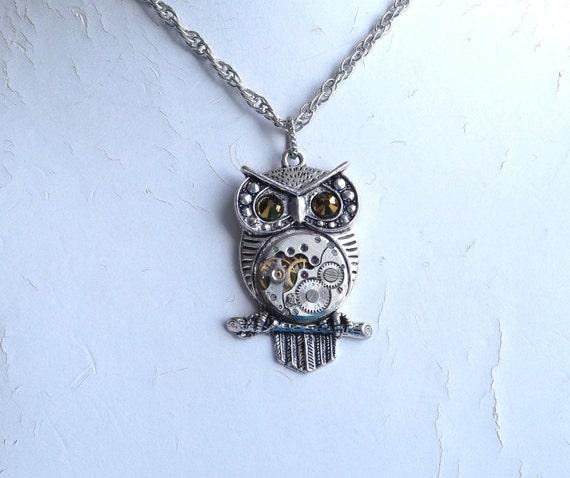 Steampunk Owl Golden Eye Vintage Watch Movement Pendant
