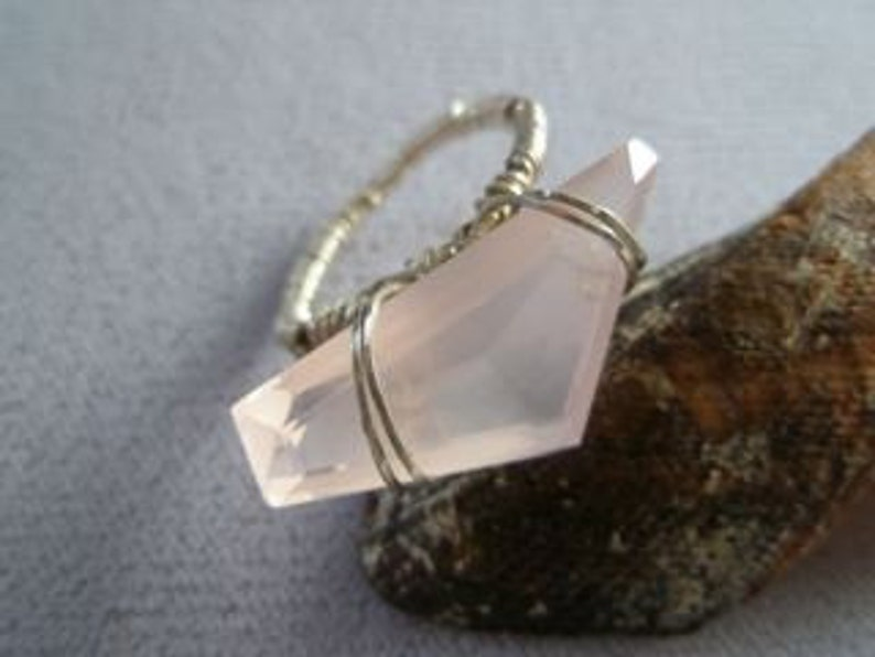 Rose Quartz Wire-Wrapped Gemstone Ring image 0