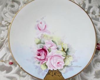 "Classic Bavaria 7.5"" Hand-Painted Rose Bouquet, Gold Trim"