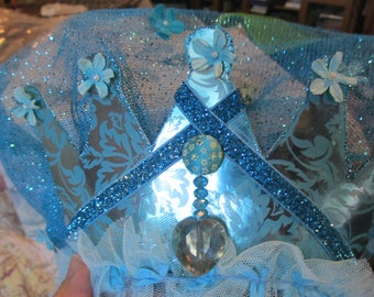 Hand Make Elsa Headdress Tiarra with Crystal and Faux Pearls