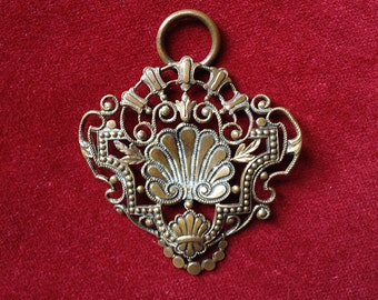 Gorgeous art nouveau shell part of a buckle or pendant