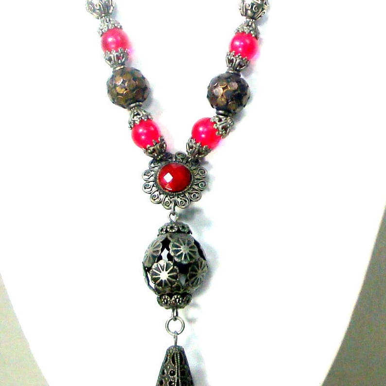 Medieval Tassel Pendant On a Beaded Necklace Many Silver Thrones Game Renaissance Beads Reddish n Clear Glass Beads Ornate /& Handsome