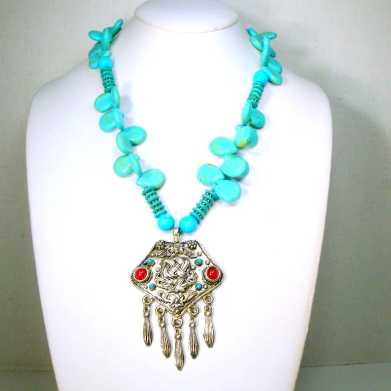 Recycled Ooak Vintage Magnesite Turquoise Stone Bead Necklace w Tribal Silvertone Pendant