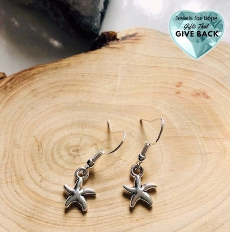 Teen Woman/'s Spring and Summer Jewelry for Her Beachwear Starfish Earrings Tiny Silver Plated Lightweight Star Earrings for Daughter Mom