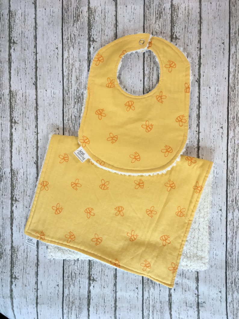 18c2b406132ba Yellow Bee Bib and Burp Cloth Baby Shower Gift Classic Winnie the Pooh  Favorite Bibs Baby Bibs Neutral Baby Gift for Mom to Be