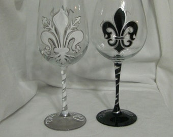 Hand Painted Wine Glasses with Fleur de Lis Pattern