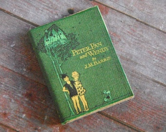 Dollhouse Miniature Book --- Peter Pan and Wendy