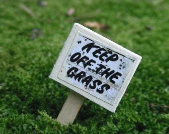 Miniature Keep off the Grass Sign
