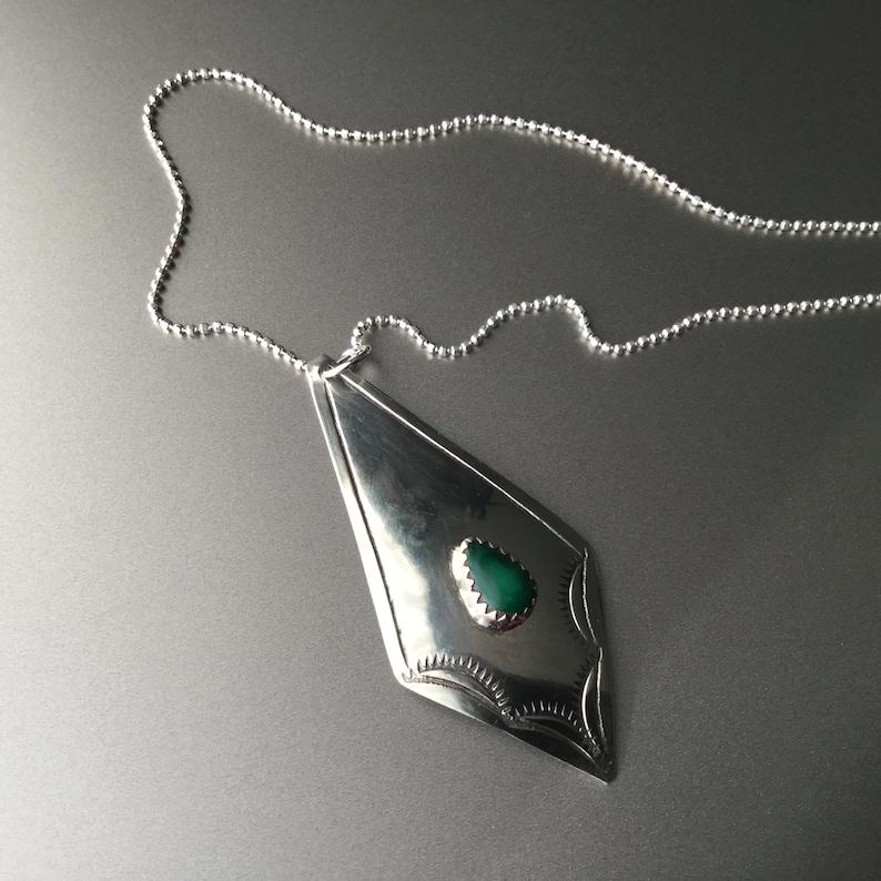 #b13B20 Navajo Malachite /& Sterling Silver Pendant Necklace Native American Southwest jewelry