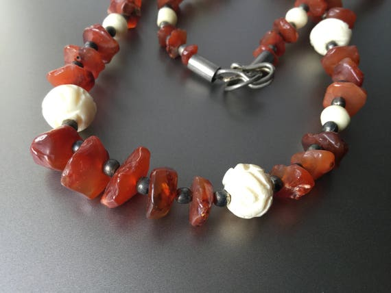 Graduated Carnelian And Carved Bone Necklace Vintage Etsy